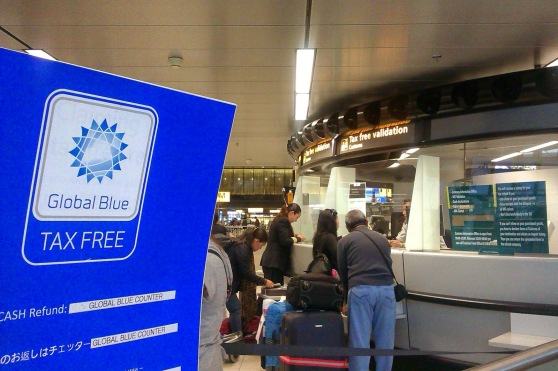 Loket Global Blue Tax Free di Schiphol Amsterdam Airport