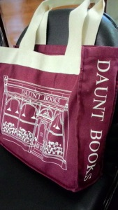 totebag daunt books